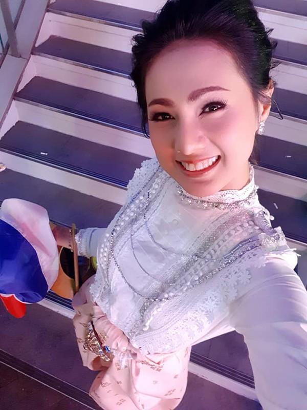 Gương mặt đẹp như Hoa hậu khiến cô nhận được nhiều lượt yêu thích lẫn bình luận.