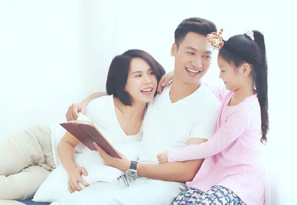 Lan Phương tự tin với hạnh phúc bên chồng và con.