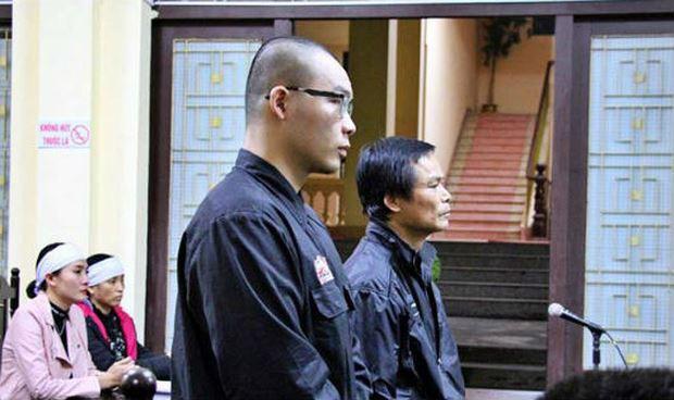 Cha con bị cáo Tuấn, Bình tại phiên tòa sơ thẩm