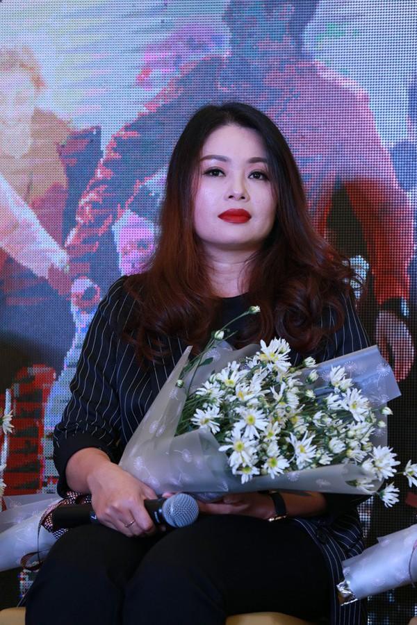 Diễn viên Thanh Tú trong buổi ra mắt phim Chạy trốn thanh xuân.