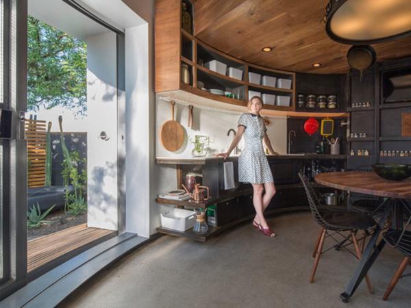 Khu vực cửa sổ, cung cấp ánh sáng tự nhiên cho căn nhà