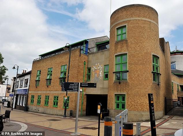 Cặp đôi biến thái vừa bị kết án tại tòa án Luton