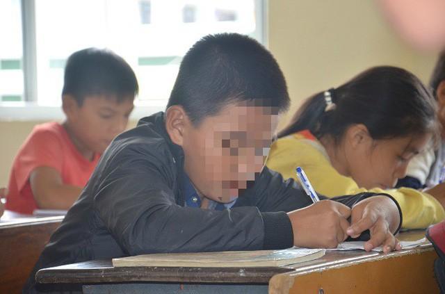 Cậu học trò lớp 6 ở Quảng Bình bị 23 bạn và cô chủ nhiệm tát tất cả 231 cái.