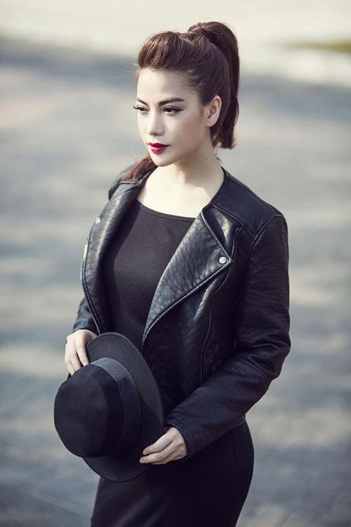 Trương Ngọc Ánh bỏ quay phim để bay ra Hà Nội nhìn mặt bố lần cuối