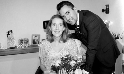 Đôi vợ chồng đã ở bên nhau 11 năm, cùng nhau đi khắp 5 châu. Sự ra đi của Kathy để lại nỗi đau vô hạn với anh Noel. Ảnh: The Sun.
