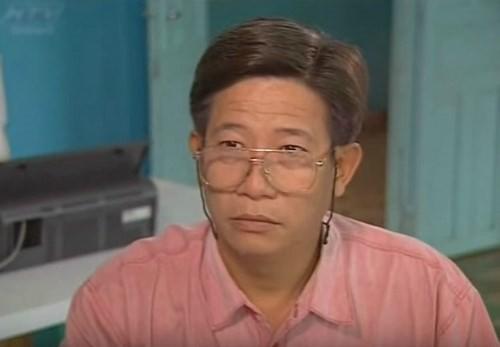 Vai hiệu trưởng hà khắc trong phim Mẹ con đậu đũa do diễn viên Nguyễn Hậu đảm nhận cũng là một trong những vai diễn ấn tượng trên truyền hình thập niên 1990.
