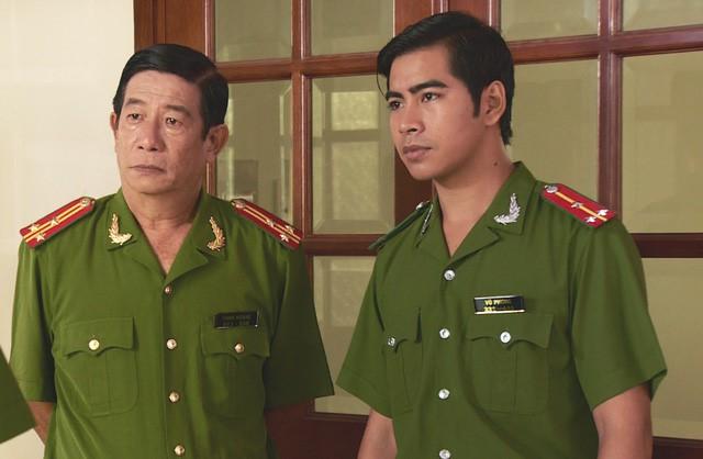 Nguyễn Hậu (trái) là gương mặt quen thuộc trong các phim truyền hình.