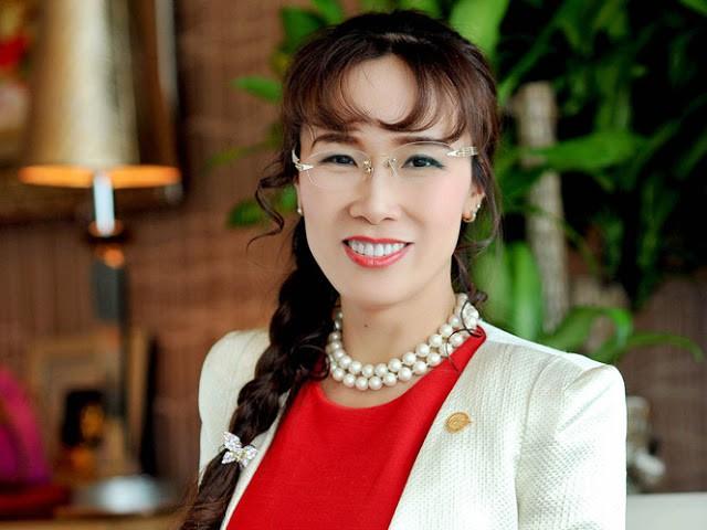 Tuổi Tuất làm lãnh đạo ngân hàng, bà Nguyễn Thị Phương Thảo thành tỷ phú USD