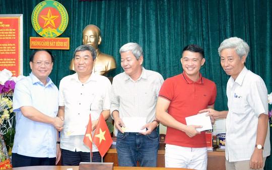 Vụ thảm sát 5 người: Lãnh đạo TP HCM khen thưởng đột xuất PC45