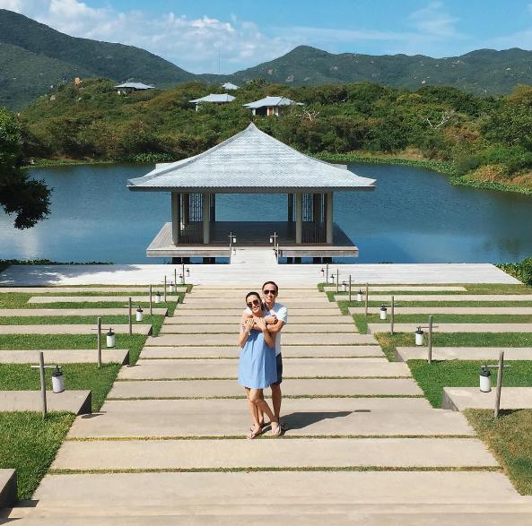 Vợ chồng diễn viên Tăng Thanh Hà thường xuyên có những chuyến du lịch ngọt ngào và lãng mạn.