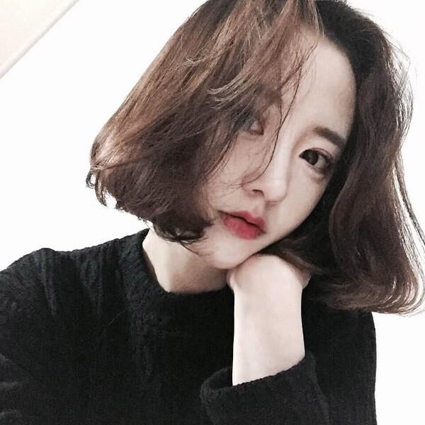 Kiểu tóc uốn dành riêng cho chị em U40 mà mặt nào cũng hợp, làm trẻ ra cả chục tuổi sẽ thành xu hướng 2018