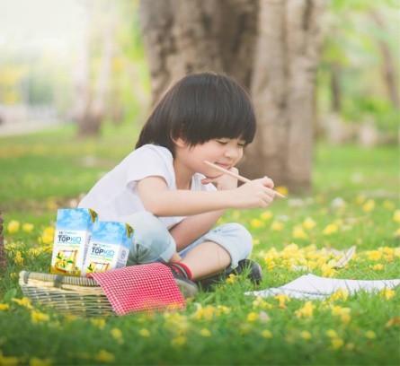 """Xu hướng nuôi con """"khỏe mạnh tự nhiên"""" của mẹ hiện đại"""