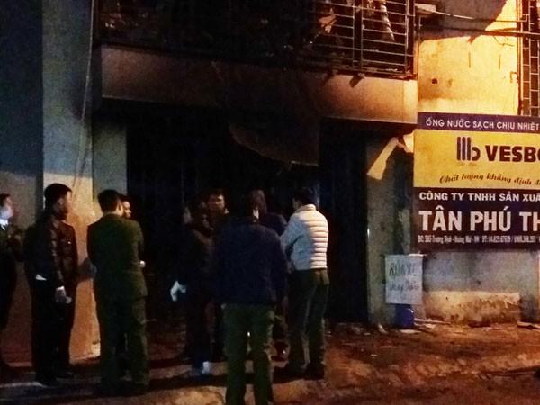Hà Nội: Cháy nhà trên phố Trương Định, 6 người trong một gia đình thoát chết