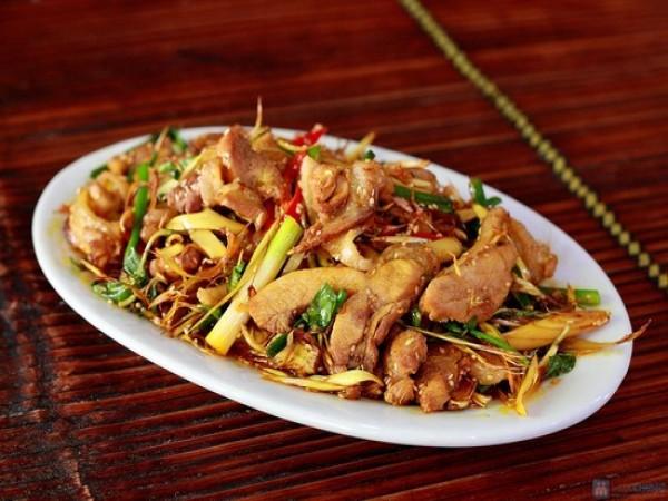 Thịt đà điểu xào lăn sả ớt là 1 trong những món ăn ngon mà dễ chế biến trong những ngày Tết Nguyên đán. Ảnh minh họa.