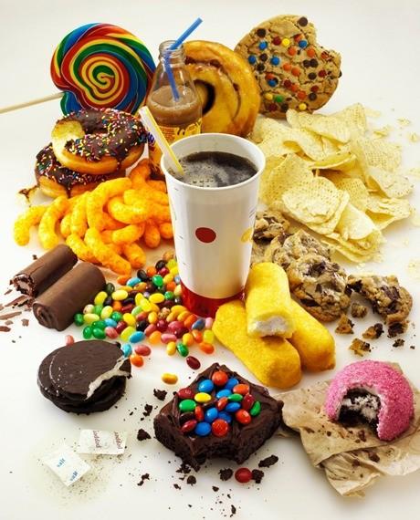 Hãy cắt giảm đồ ngọt, tiêu thụ đường ở mức vừa phải để bảo vệ sức khỏe.