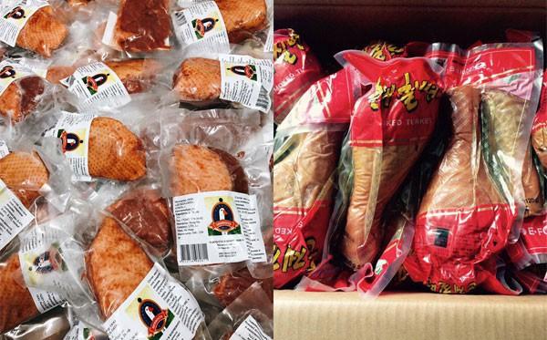 Lườn ngỗng Nga, đùi gà Hàn Quốc xông khói đang là mặt hàng hot dịp Tết vì giá thành khá rẻ, ăn lạ miệng
