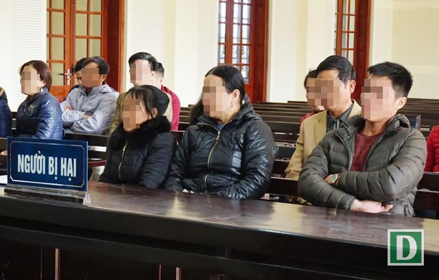 Các bị hại trong vụ án này là những người đã nộp một khoản tiền lớn cho Hiền để chạy trường, chạy việc vào đơn vị công an