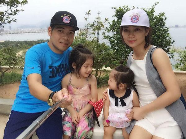 Gia đình chị Hải Yến với 2 cô con gái đáng yêu.