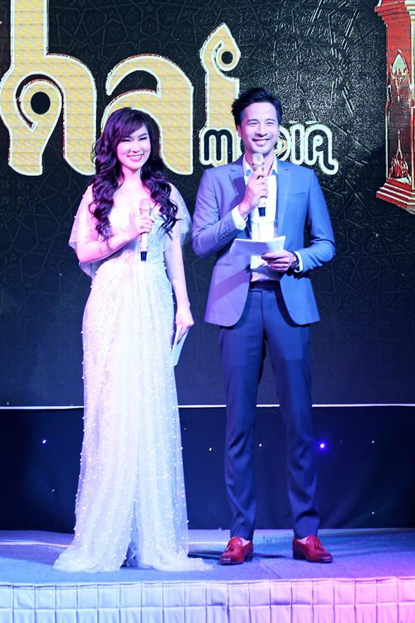 Đoàn Thanh Tài và ca sĩ hải ngoại Kavie Trần cùng làm MC.