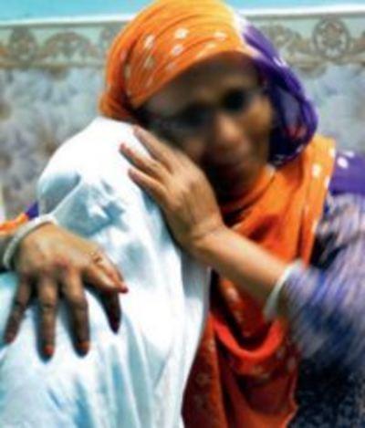 Bỏ nhà đi vì giận mẹ, bé gái 11 tuổi bị hãm hiếp, hành hạ suốt 10 năm
