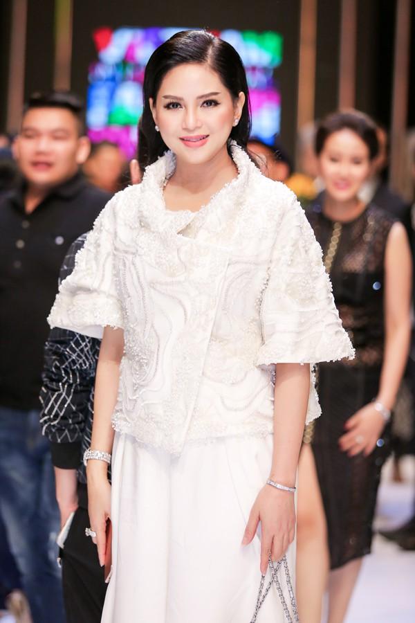 Hiện cựu diễn viên điều hành một tập đoàn lớn với 30 công ty thành viên, hợp tác với hơn 100 thương hiệu thời trang quốc tế. Thủy Tiên thường xuyên xuất hiện với vai trò khách mời tại các show thời trang đình đám thế giới.