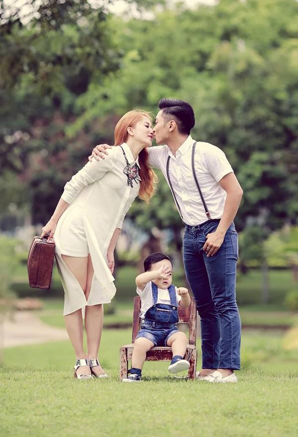 """Chồng trẻ gọi Khánh Thi là """"thiên thần xinh đẹp nhất trần đời"""""""