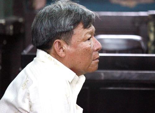 Người trốn truy nã 'được tuyên dương trên tivi' lĩnh 5 năm tù