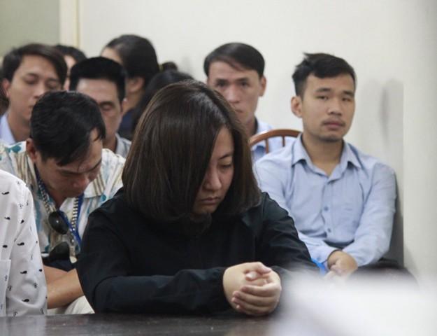 Gia đình bị hại cho rằng, mức án 9 năm tù dành cho bị cáo Nguyễn Diệu Linh (chủ quán karaoke số 68 Trần Thái Tông) khi cố tình vi phạm các quy định về phòng cháy chữa cháy là chưa tương xứng.