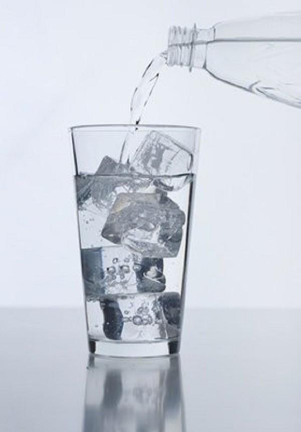 Bạn tuyệt đối không nên uống loại nước này khi mới ngủ dậy