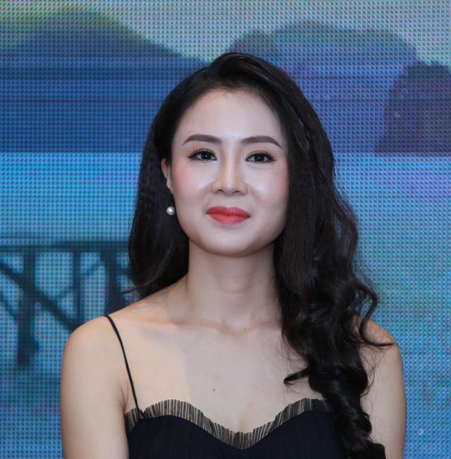 Diễn viên Hồng Diễm: Đóng phim nào cũng kèm điều kiện không hôn, không cảnh nóng