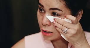 Vợ vua cafe Việt Lê Hoàng Diệp Thảo khóc khi nói về tình yêu dành cho chồng và rạn nứt gia đình (Ảnh: IT)