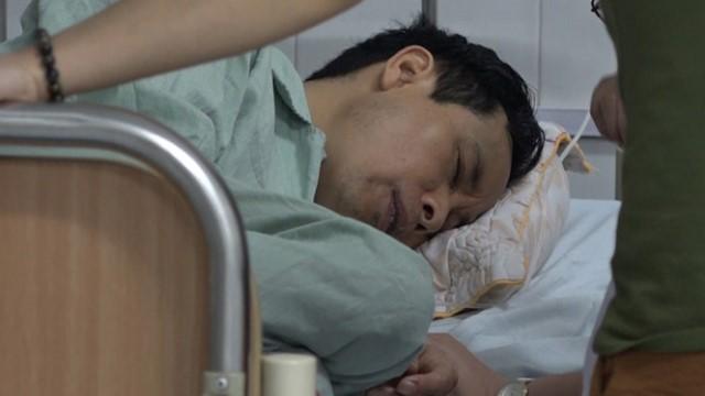 Nghi phạm Bùi Huy Đông đang được điều trị tại bệnh viện. Ảnh: PV