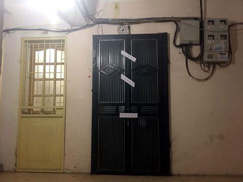 Căn nhà, nơi xảy ra vụ án được CQĐT niêm phong (ảnh PV)