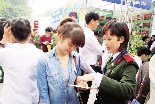 Đã có điểm sàn xét tuyển hệ đại học các trường công an nhân dân năm 2019 - Ảnh 1.