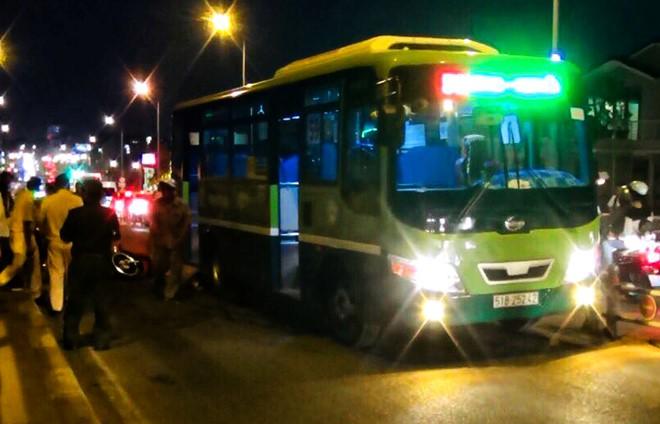 Cô gái tử vong sau va chạm xe buýt ở Sài Gòn