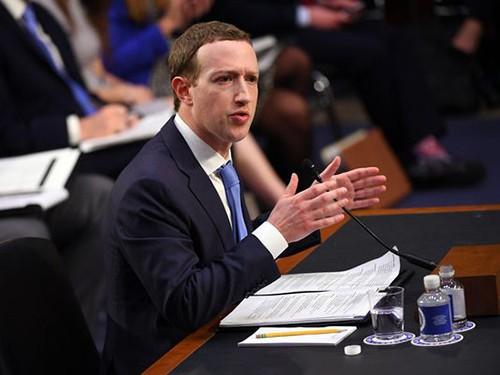 Zuckerberg cũng là nạn nhân của bê bối rò rỉ dữ liệu.