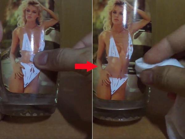 Hình chiếc bikini biến mất dần khi được lau ướt bằng nước.