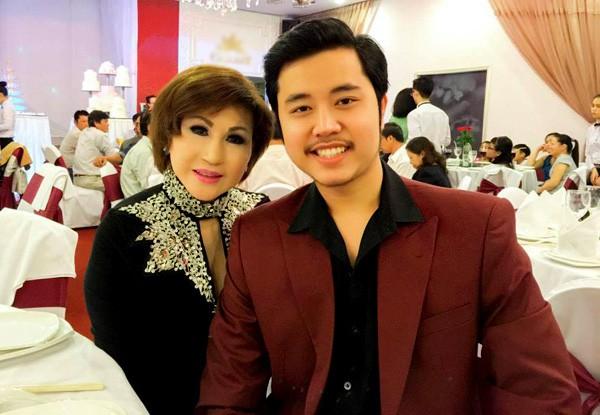Vũ Hoàng Việt cầu hôn tình già nhưng bất thành.