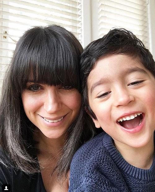 Laleh Mohmedi yêu thích công việc chuẩn bị những bữa ăn giàu dinh dưỡng và tốt cho sức khỏe cho con trai Jacob 4 tuổi. Một ngày nọ, bà mẹ ở thành phố Melbourne quyết định biến bữa ăn của con thành các tác phẩm nghệ thuật, theo ABC News.