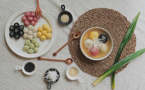 Cách làm bánh trôi chay ngũ sắc đón ngày Tết Hàn thực