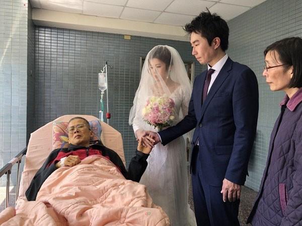 Được chứng kiến con gái trong ngày cưới là ước nguyện lớn nhất đời của ông Hou.
