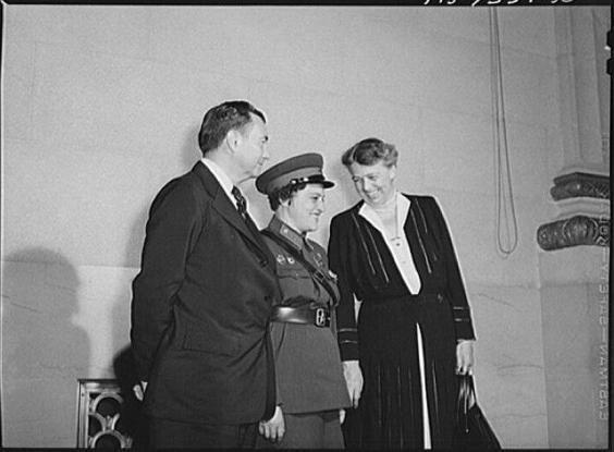 Pavlichenko là người lính Xô viết đầu tiên đến thăm Nhà Trắng