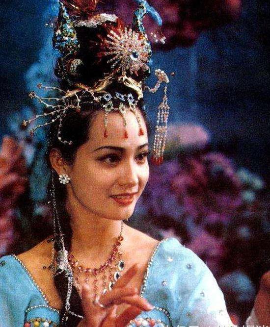 Vạn Thánh công chúa trong Tây Du Ký.