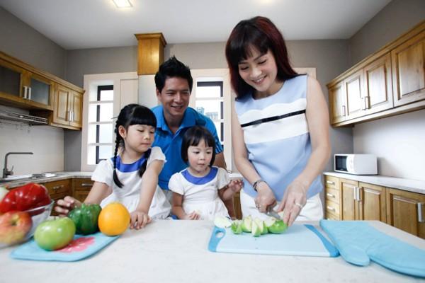 Anh Thơ không chỉ giỏi giang trong sự nghiệp mà cô còn chu toàn trong cuộc sống gia đình.