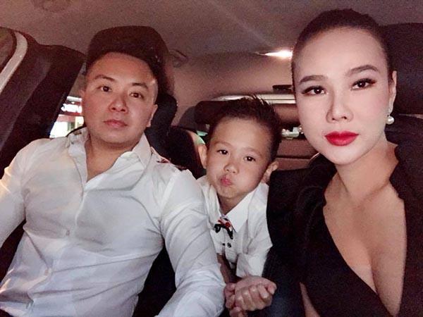 Được biết, bạn trai Dương Yến Ngọc cũng có một mối quan hệ rất tốt đẹp với con riêng của cô.