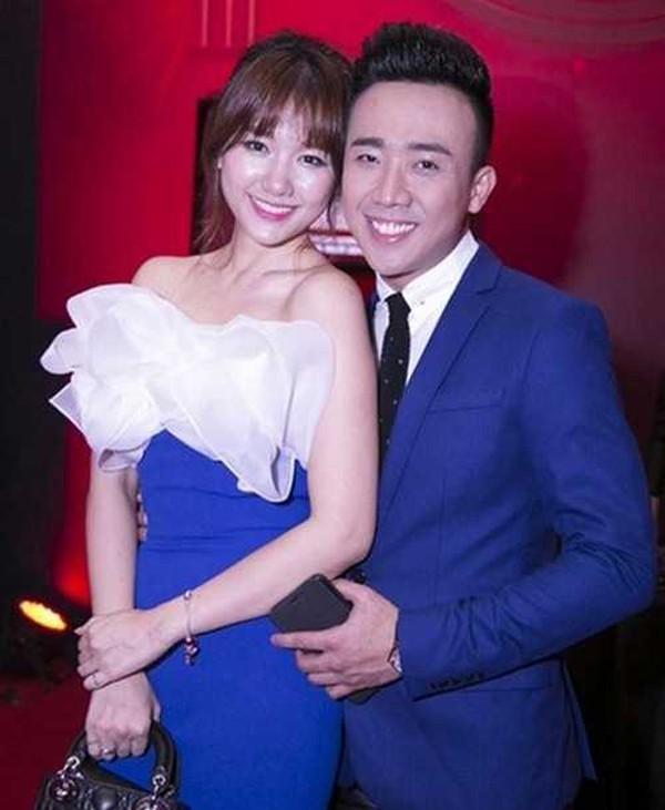 Hari Won - MC Trấn Thành: Câu chuyện tình yêu gây nhiều tò mò cho khán giả nhất làng giải trí.