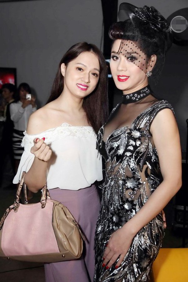 Lâm Khánh Chi và Hương Giang Idol từng là chị em thân thiết.