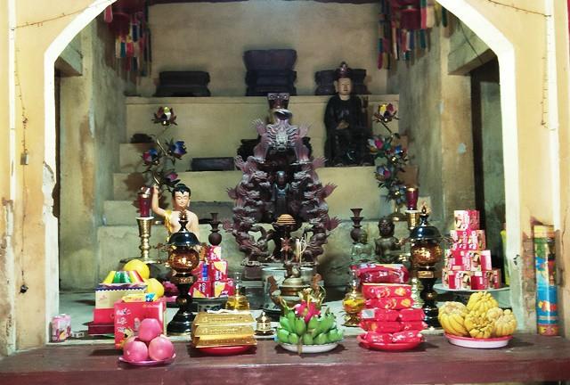 19 pho tượng Phật quý hiếm ở chùa cổ bị đánh cắp trong đêm