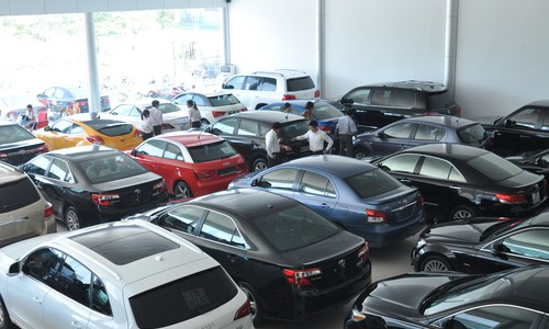 Đánh thuế ô tô trên 1,5 tỷ đồng: Lo ngại thuế chồng thuế