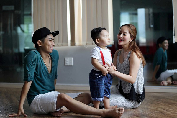 Với Phan Hiển, dù là cô giáo dữ dằn nhưng trong mắt anh Khánh Thi thiên thần xinh đẹp nhất.